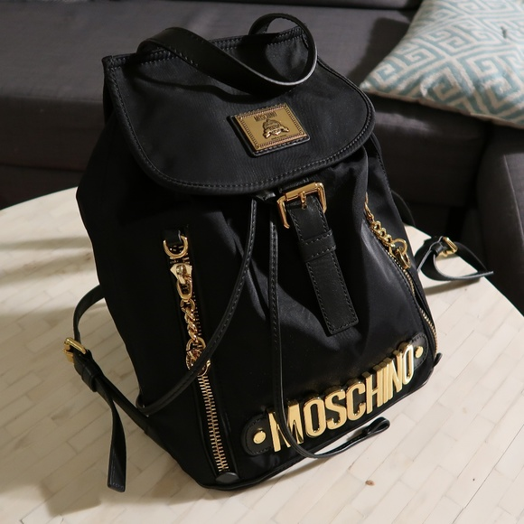 ad207fcc4609 Classic Moschino backpack. M 5c0a13ab95199630c5c727ad